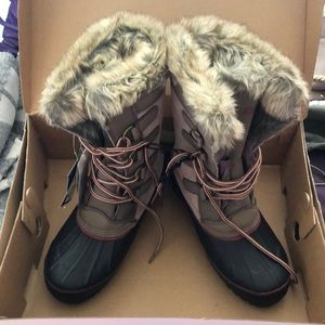 Women's Khombu boots